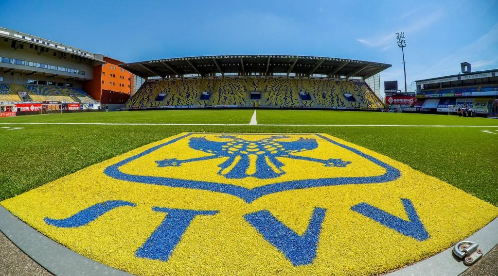 ベルギーサッカーSTVV(シント=トロイデンVV)とのスポンサー契約について
